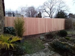 clôture jointive profilés douglas