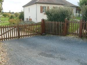 clôture + portail en lames arrondies