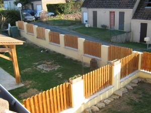 clôture bois lames posées en quinconce douglas