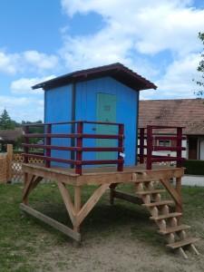 cabane enfants bois sur pilotis douglas
